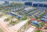 Bán biệt thự Regent 6* Phú Quốc - căn mặt hồ sen - view biển - 567m2 đất giá full đồ 5* 28 tỷ