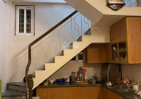 Chính chủ cho thuê nhà riêng 4 tầng, 2 phòng ngủ, ngõ 41 phố Vọng