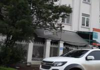 Cho thuê biệt thự KĐT Trung Hòa Nhân Chính, 200m2*5 tầng, căn góc, 40tr/tháng