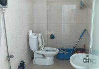 Cho thuê nhà 118 Nguyễn Hồng Đào, Phường 14, Tân Bình 4x16m 3 lầu giá 28 triệu/tháng