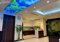 Bán nhà mới, ở ngay, ô tô đỗ chỉ vài bước, 2 thoáng phố Nguyễn Khánh Toàn 50m2 5 tầng, giá 5 tỷ