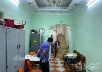 Bán nhà 5T Xuân Thủy, DT: 30m2, ba gác đỗ cửa, cách đường ô tô 40m, giá: 3.45 tỷ. LH: 0961427470