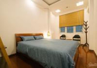 Cho thuê nhà ngõ Lý Nam Đế: 45m2 x 4 tầng, 5 PN, đầy đủ nội thất, nhà mới, ngõ rộng. LH: 0974557067