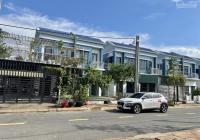 Cần bán căn nhà Oasis City giá rẻ hơn thị trường 100tr/căn gần ĐH Việt Đức Bến Cát, Bình Dương