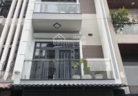 Cho thuê nhà ngay ngã tư Bạch Đằng Phan Chu Trinh Binh Thanh 4x20 4 lầu tiện KD đa nghề giá 32tr/th