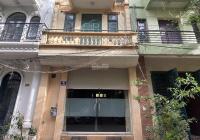 Cho thuê nhà 4 tầng x 70m2 ngõ 156 Lạc Trung, HBT