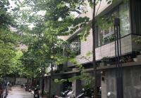 Cho thuê nhà liền kề quận Thanh Xuân ở 82 Nguyễn Tuân, hướng nhà Tây Bắc, nhà 6 tầng hoàn thiện đẹp