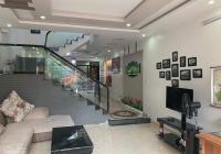 Cho thuê nhà riêng 6 phòng khép kín tại Văn Cao
