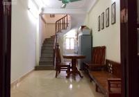 Nhà mới 4T x 25m2 Phố Vọng, 2PN có 1 ĐH, 3 WC, bếp, ôtô cách nhà 30m, giá 8tr/th. A Sơn 0934685658