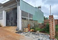 Bán 100m2 thổ cư, vuông vức, sổ có sẵn, trung tâm Thành phố PleiKu. Gía tốt: 0902.432.996