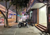 Cho thuê nhà mặt phố Quang Trung - Hà Đông, DT 40m2, 5 tầng, MT 4m, giá 16tr/th. LH. 0968.810.861