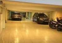 Bán gấp toà nhà 8 tầng phố Bạch Mai, diện tích 209m2, mặt tiền 7.2m. Có hầm để xe