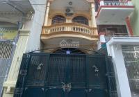 Cho thuê nhà 3 tầng, diện tích 50m2, phố Lê Thanh Nghị