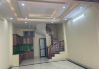 Bán nhà 5 tầng mới gần ngõ 373 đường Ngọc Hồi, gần ô tô, 2.6 tỷ