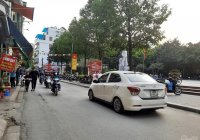Bán nhà ngõ phố thông Hồ Đền Lừ Hoàng Mai thông kinh doanh đường nhựa ô tô tránh nhau 5,2tỷ miễn TG