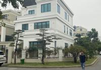 Gia đình bán gấp nhà 5 tầng ô tô vào nhà ngõ 376 đường Bưởi - Ba Đình. LH: 0888486262