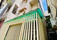 Nhà đẹp 4 tầng, 4 phòng ngủ, Huỳnh Văn Bánh 42m2, giá 6 tỷ 1