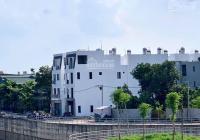 Giá 1.54 tỷ đã có nhà 3 tầng 3PN mới 100% sổ trao tay ngay trạm bơm Yên Nghĩa, LH 0902121222