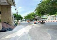 Bán lô đất vị trí cực đẹp tại nhánh cầu Tân Thuận, Q7. Diện tích: 6,8 x 39m