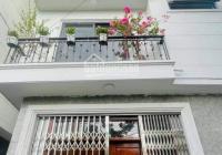Siêu hot, bán nhà Dương Nội 33m2, 5 tầng ôtô đỗ gần nhà, ngõ trước nhà cực thoáng, rộng. Giá 2,4tỷ