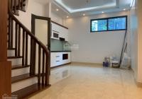 Bán nhà ngõ 72 Dương Quảng Hàm, Cầu Giấy 45m2, 5 tầng, nhà mới 2 mặt thoáng. Giá 5.1 tỷ