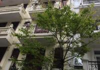 Bán nhà Võng Thị, quận Tây Hồ, 56m2, 4 tầng, mặt tiền 4m, giá 9,8 tỷ. LH: 0943.398.072