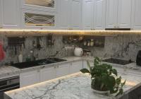 Bán gấp nhà phố 9x17m Verosa Khang Điền full nội thất 1 trệt 3 lầu, có 3m sân vườn bên hông - SHR