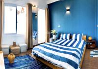 Cần cho thuê nhà riêng ở Đào Tấn 80m2, 3 tầng, 2 phòng ngủ, đủ đồ giá 13tr/th. LH: 0967905158