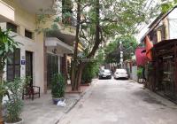 Cho thuê nhà nguyên căn ngõ phố Giải Phóng, Hoàng Mai. DT 30 m2, 3 tầng, 3 PN, ô tô tải 1.25T vào