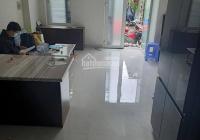 Bán nhà hẻm xe hơi 227 Gò Dầu, Tân Phú, gía rẻ 35m2 ban công, giếng trời