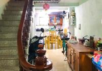 Cần bán nhà riêng phố Xốm, Hà Đông 32m2 xây 4 tầng nhà có đồ giá 1.9 tỷ. LH 0985409147
