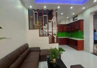 Bán gấp nhà Ngọc Khánh - Ba Đình, DT 30m2, MT 3m, giá 2tỷ7