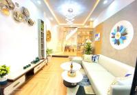 Siêu phẩm nhà 3 tầng kiệt 12 Lê Đình Dương, vị trí siêu đẹp, ô tô đậu cả ngày đầu đường