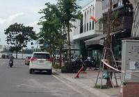 Cần bán nhà đường Trích Sài, sát đường Lạc Long Quân siêu đẹp, vị trí đỉnh, giá hợp lý