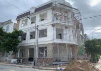 Bán nhà 2 mặt tiền tại thành phố Dĩ An, nguồn chính chủ giá hợp lý 0931111278