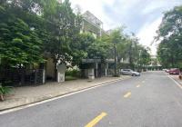 Cần tiền bán gấp lô biệt thự Vinhomes Thăng Long (lô góc) 3 mặt thoáng đường Long Hưng 4