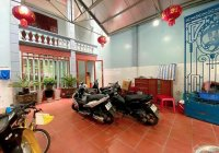 Chính chủ cần: Bán nhà 4 tầng mặt đường ở Bạch Đằng, Hạ Lý