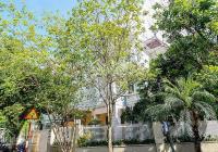 Biệt thự 4PN/305m2 full đồ + sân vườn cần cho thuê tại T1 KĐT Ciputra. LH: 0989734734