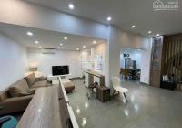 Bán gấp nhà ngõ 82 Yên Lãng, Đống Đa 56 m2 x 5 tầng ô tô qua nhà 3 thoáng giá 8.6 tỷ