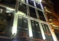 Bán tòa nhà VP 8 tầng phố Quan Nhân, thông sàn, thang máy, đường 10m trước nhà