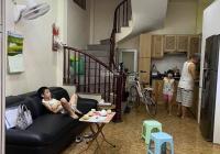 Cần bán gấp nhà phố Hồng Mai: 30.6m2, 5T, ô tô đỗ, kinh doanh, lõi Hai Bà Trưng, chỉ 3,1 tỷ
