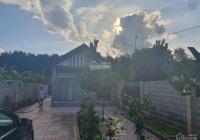 Bán đất tặng nhà, lô đất ngay đường hẻm 93 Long Phước 8x88m, giá quá rẻ cho mùa Covid