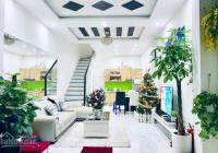 Bán gấp nhà HXH Hoàng Văn Thụ, vip Phú Nhuận, DTSD 204 m2, giá chỉ 9,4 tỷ