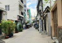 Bán nhà HXH CMT8 gần rạp hát Thanh Vân Q10. DT: 4.7x12m