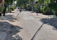 Bán nhà đường Nguyễn Sỹ Sách, 193m2 (9.5x20m), buôn bán kinh doanh, giá 16.2 tỷ. LH: 0985002790