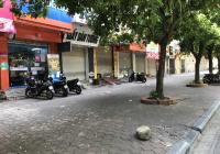Mặt phố Lê Lợi, đối diện cổng chợ Hà Đông vỉa hè khủng 8m. 0932261592