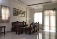 Bán nhà mặt tiền đường Hùng Vương, TP Pleiku, giá 8.5 tỷ, còn thương lượng, LH 0386372900
