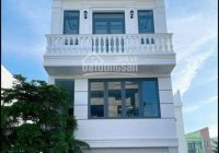 Bán nhà đẹp 1 trệt 2 lầu (mới xây dựng 100%) khu Dân cư Lê Chân, phường Mỹ Quý, TP. Long Xuyên