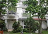 Cần bán gấp biệt thự đường Phổ Quang, P2, Q. Tân Bình, DT 10x13.5m, 3 tầng, giá 29.8 tỷ