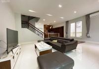 Cho thuê biệt thự song lập 3PN, 280m2 sân vườn, view cực mát, full đồ tại KĐT Vinhomes Riverside
